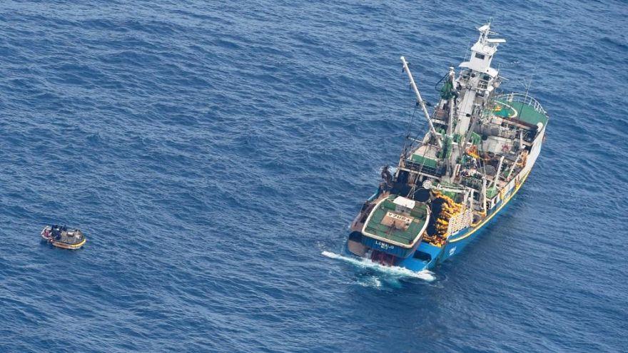 هشت سرنشین کشتی گم شده در اقیانوس آرام پیدا شدند