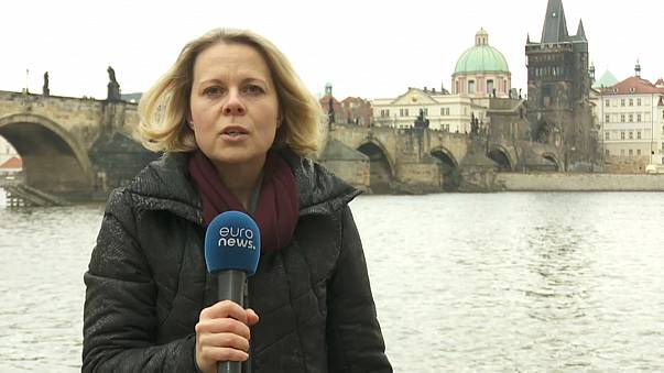 Reeleição de Zeman prejudica imagem da República Checa - analistas