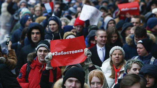 Rusya'da muhalifler dondurucu soğuğa rağmen sokaklarda