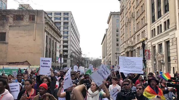 ЛГБТ-марш в Вашингтоне: послание Трампу