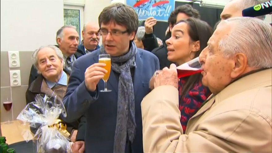 Puigdemont pedirá un permiso judicial para asistir a la investidura