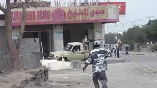Újabb front a porig rombolt Jemenben