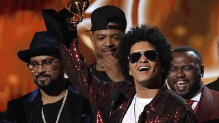 Bruno Mars 7 ödülle Grammy Ödül Töreni'ne damga vurdu