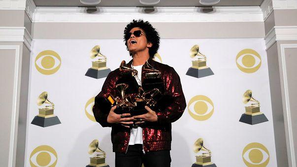 Bruno Mars re dei Grammy 2018