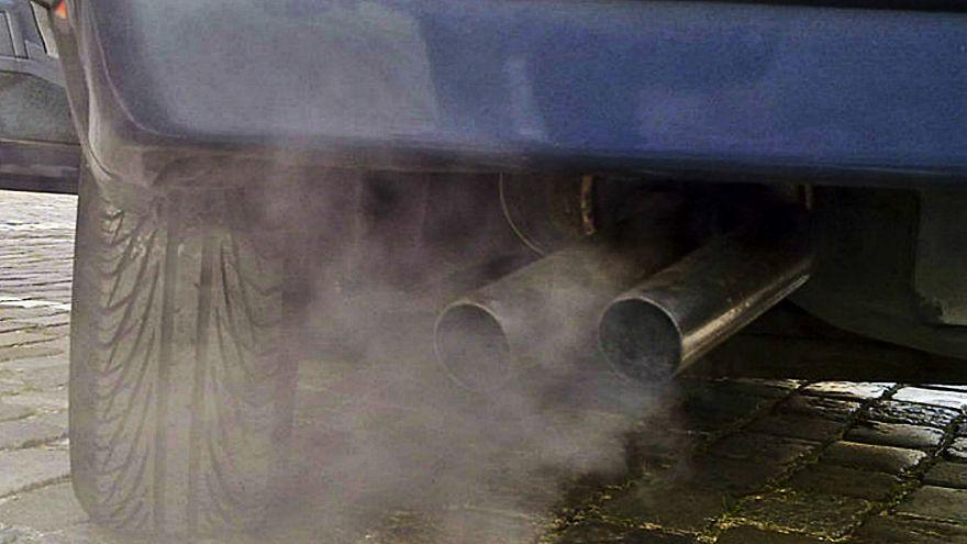 خودروسازیهای آلمان از انسان برای آزمایش گازهای سمی خودروهای دیزلی استفاده کرده اند