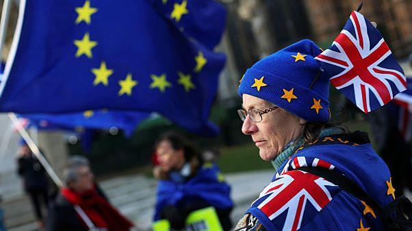 Brexit: «Οι πολίτες να ψηφίσουν ναι ή όχι όταν έχουμε συμφωνία»