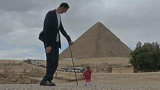 ملاقات بلندترین مرد جهان با کوتاهترین زن جهان در مصر