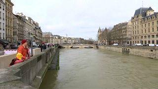 Париж: на пике паводка