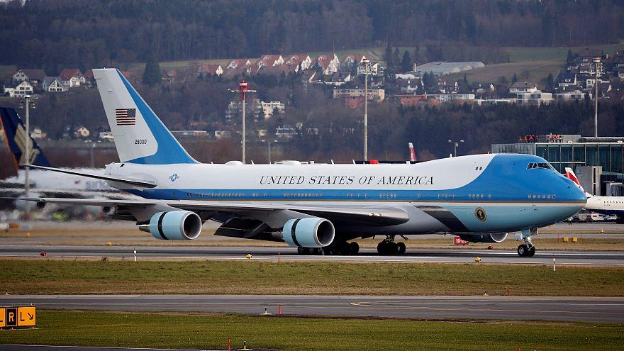 زوجة ترامب تطير على متن طائرات عسكرية لـ21 مرة في3 أشهر بتكلفة 675 ألف دولار