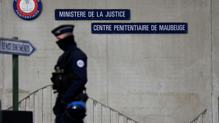 """Francia: ritorno alla """"quasi normalità"""" nei penitenziari"""