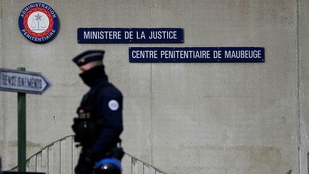 Fransa'da cezaevi grevleri son buluyor
