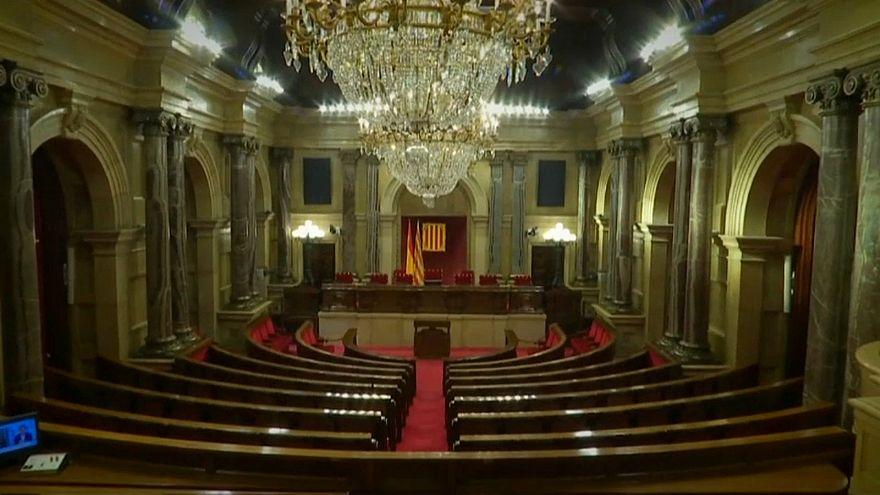 В парламенте Каталонии пройдут дебаты по кандидатуре Пучдемона