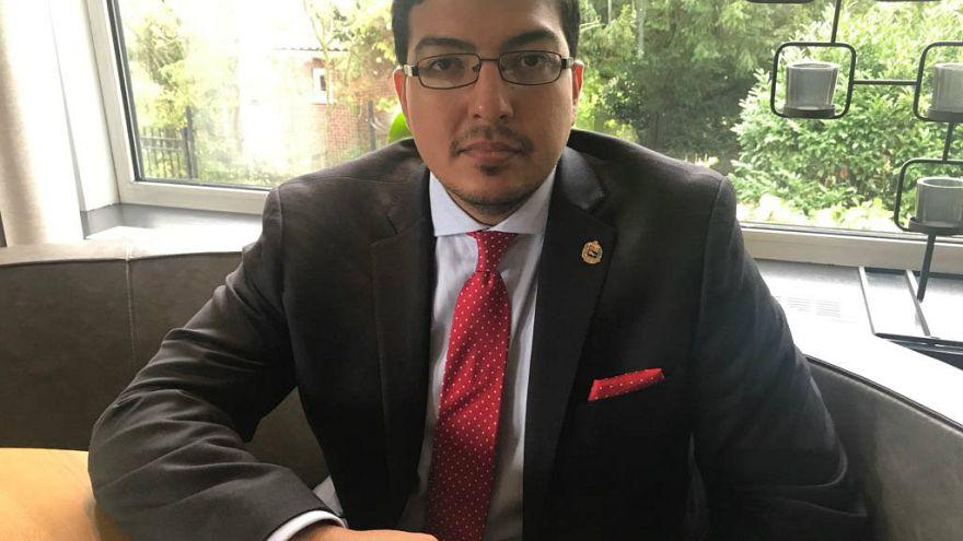 """""""Necesitamos ayuda para proteger la vida de los venezolanos"""" dice Fernando Rendon, ex-miembro del partido opositor Voluntad Popular"""
