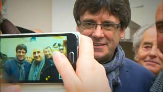Catalonia vote postponed, support remains for Puigdemont