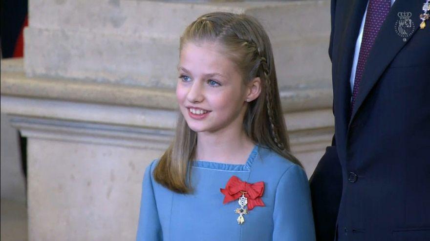 Felipe VI impone el Toisón de Oro a su hija Leonor