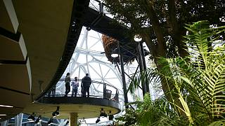 Átadták az Amazon új munkaparkját