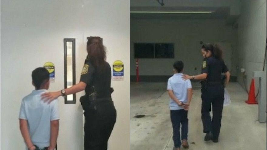 ABD'de polis 7 yaşındaki çocuğa kelepçe taktı