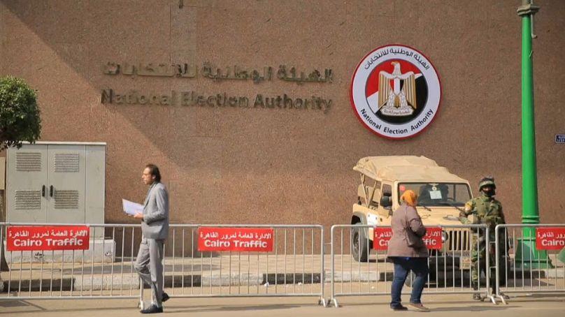 Gli uffici della Commissione elettorale egiziana al Cairo
