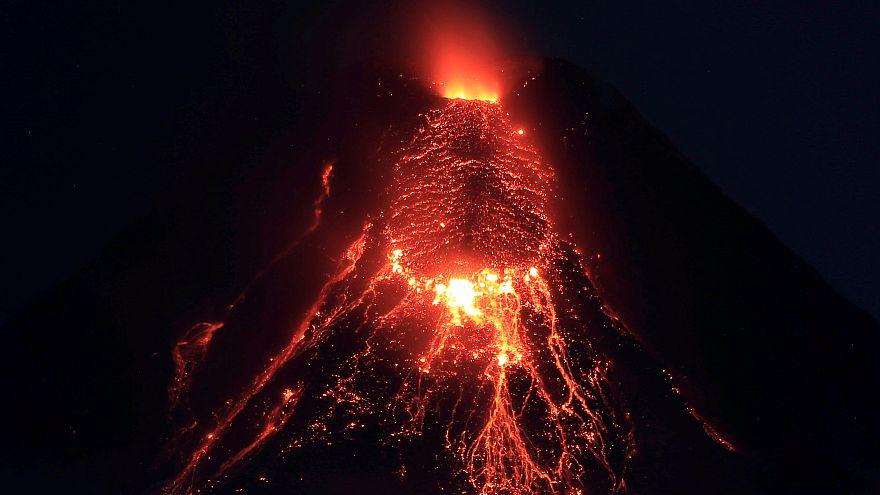 بركان مايون في الفلبين