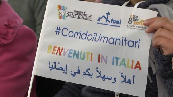 Un grupo de sirios llega a Italia a través de los corredores humanitarios