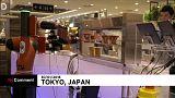 شاهد: أول مقهى في اليابان يعمل به روبوت لخدمة الزبائن