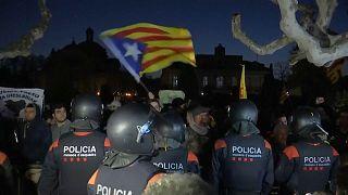 Katalonya'da yeniden Puigdemont krizi