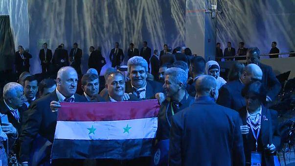 """Soçi Zirvesi'nde Suriye için """"Anayasa Komitesi"""" kararı"""