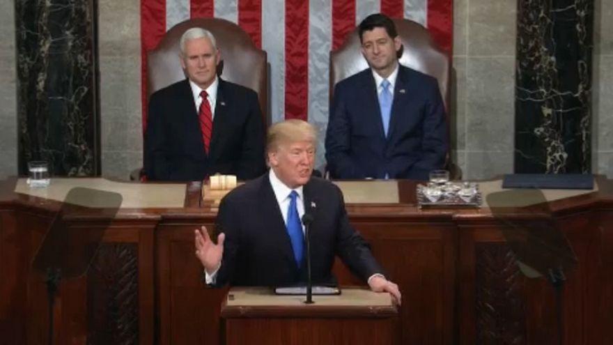 """Trump: """"Isten, Haza, Család"""""""