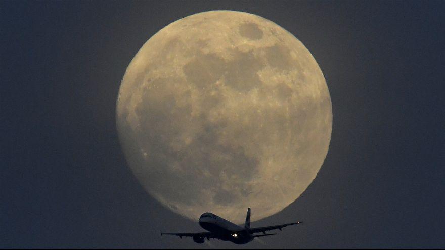 اولین «ابر ماه آبی خونین» پس از ۱۵۲ سال رویت می شود