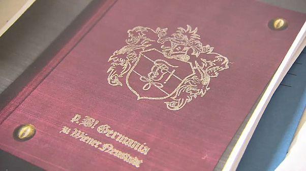 Austria, si allarga lo scandalo del libro di canti nazisti