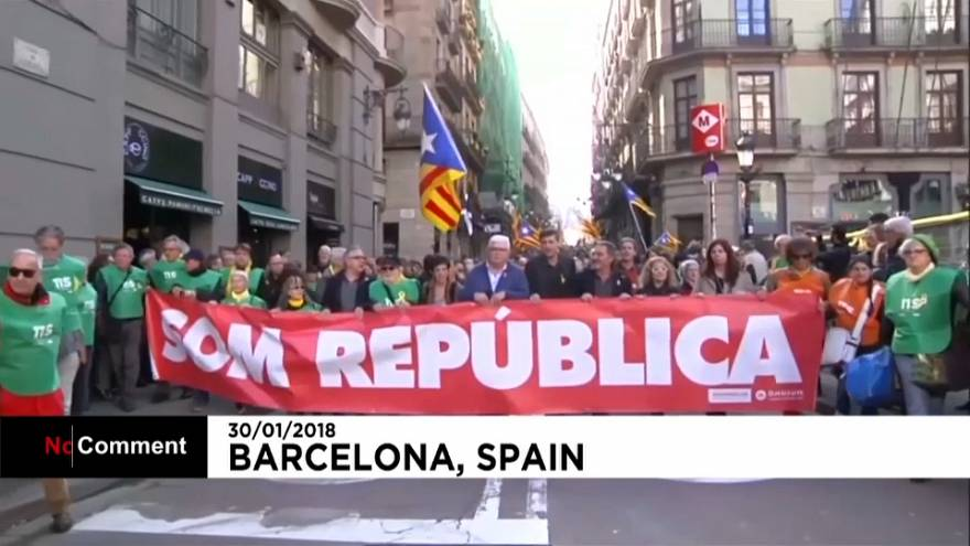 Protestos em Barcelona depois do adiar da escolha do novo presidente catalão