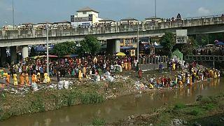 Fiesta hinduista en Malasia con la celebración del Thaipusam