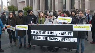 Turchia, scarcerato il presidente di Amnesty International