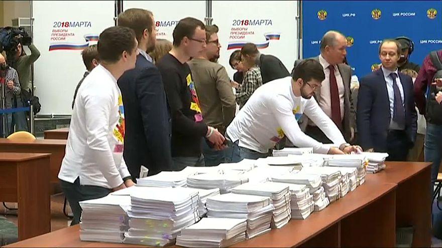 Президентские выборы: ЦИК завершила прием подписей