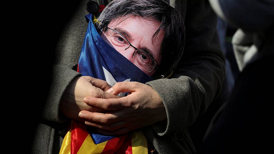 Catalogne : des messages volés qui sèment le doute