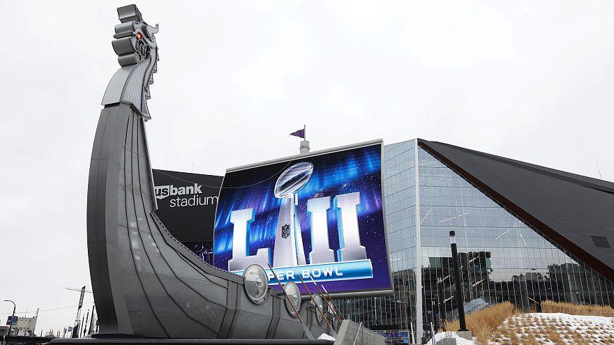 Tutto pronto per il Super Bowl LII, anche la mano di Tom Brady