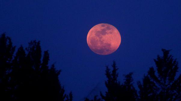 Το μεγαλύτερο φεγγάρι των τελευταίων 150 ετών στην Ελλάδα και στον πλανήτη