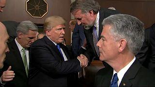Trump llama a la unidad, pero sin tender puentes