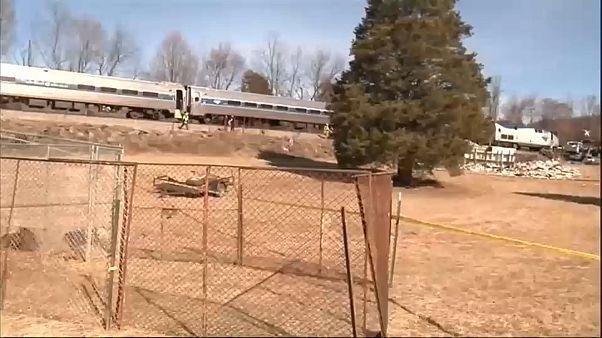 Comboio com senadores republicanos choca com camião nos EUA