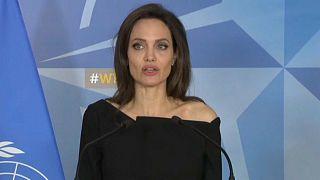 Angelina Jolie contro la violenza sulle donne in guerra