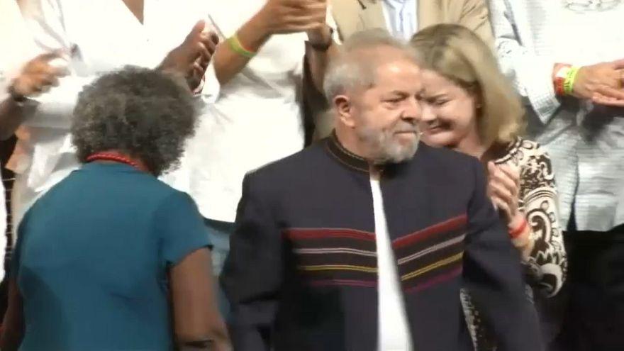 Lula mantiene el apoyo social tras el aumento de su condena
