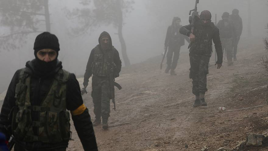 Erdogan nem adja fel a kurdok elleni támadást