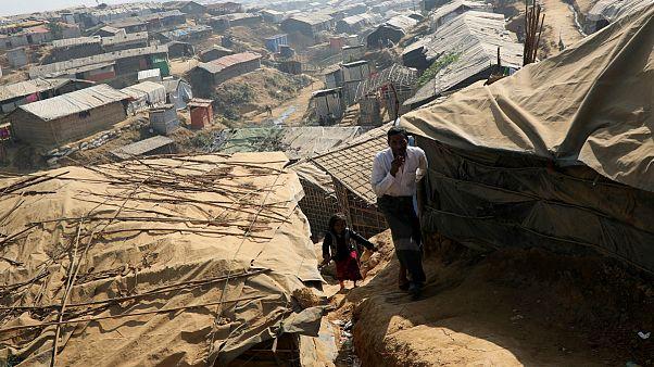 ویدیویی از گورهای دسته جمعی تازه کشف شده در میانمار