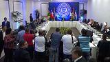Avances pero no acuerdo en el diálogo venezolano