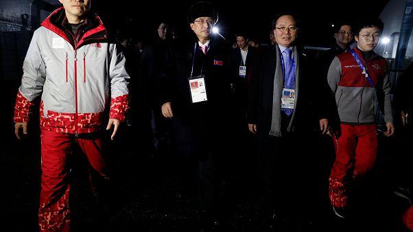 Χειμερινοί Ολυμπιακοί: Έφτασαν στη Ν. Κορέα οι αθλητές της Β. Κορέας