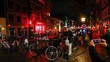 Amsterdam va réguler les visites guidées dans le quartier rouge