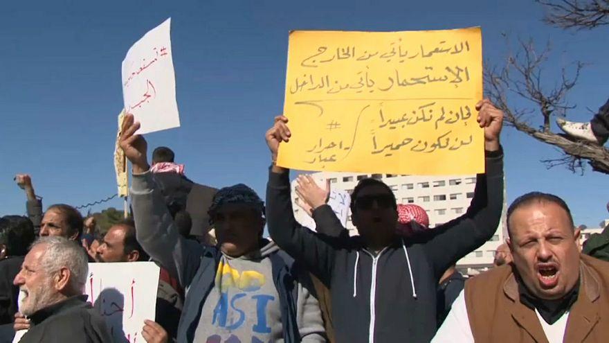 احتجاجات في الأردن ضد رفع أسعار الخبز