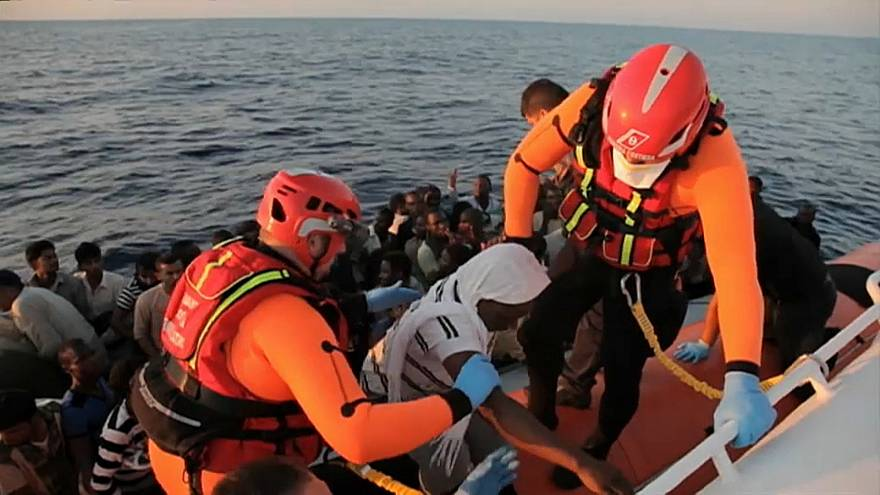 Soccorso ai migranti nel Mediterraneo, come cambiano le regole