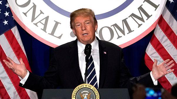 Trump autoriza divulgação de relatório que abre 'guerra' com o FBI
