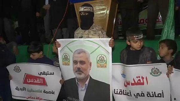 """Hamász-vezető: """"kitüntetés a terrorlistán szerepelni"""""""